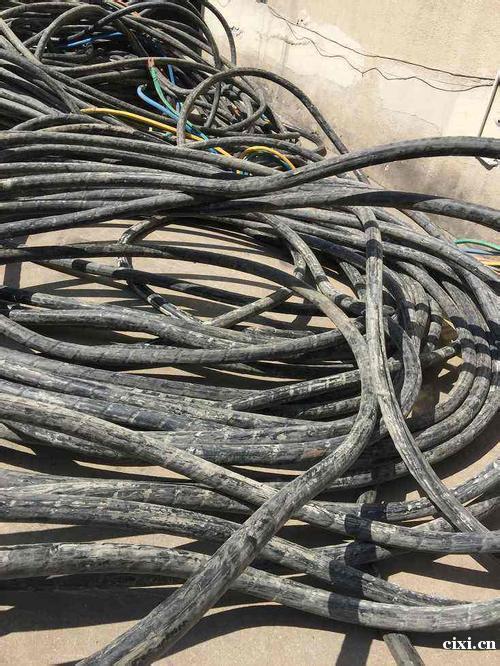 慈溪二手大量电缆线回收。杭州湾新区回收工地剩余,公司淘汰电缆